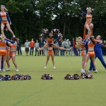 Deutsche Lacrosse Meisterschaft 2013 - Cheerleaders Eagles im Sprung
