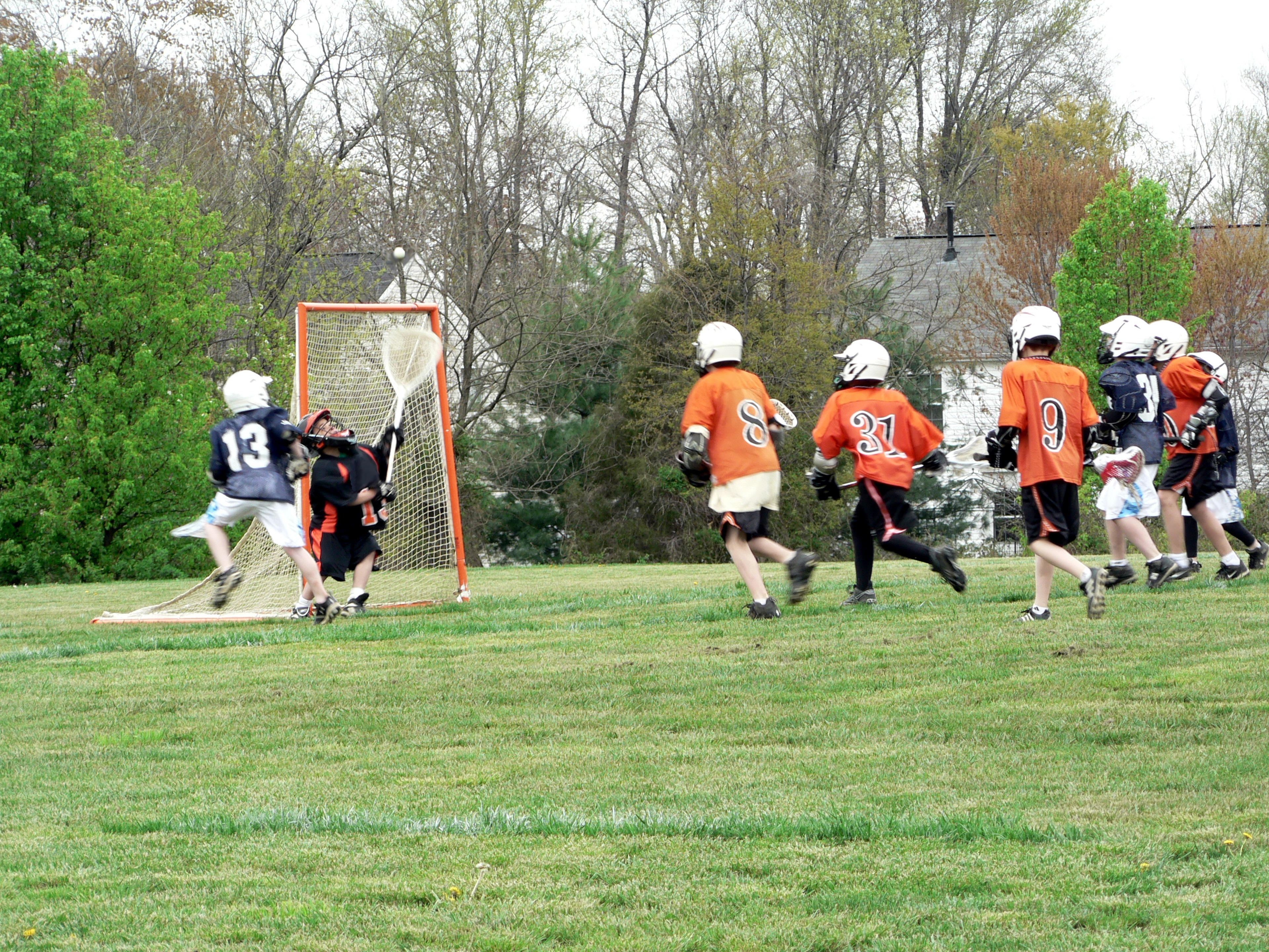 What does your lacrosse position say about you? - Midfielder